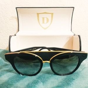 Dita Medina Sunglasses like new